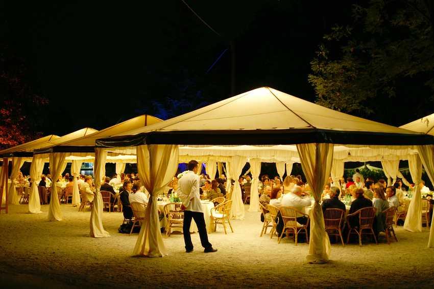 Faltpavillon - Feierlichkeiten und Party