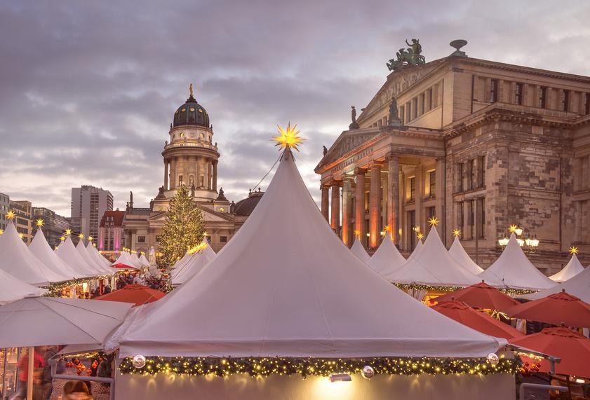 Faltpavillon auf dem Weihnachtsmarkt