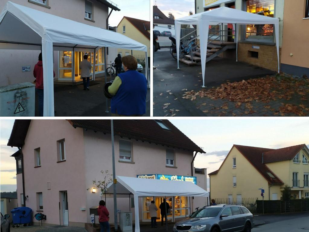 Pavillon oder Faltpavillon als Service am Kunden für die geöffneten Geschäfte.